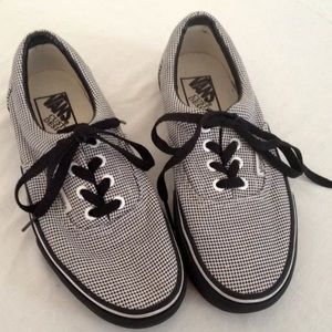 VANS customs micro houndstooth black & white